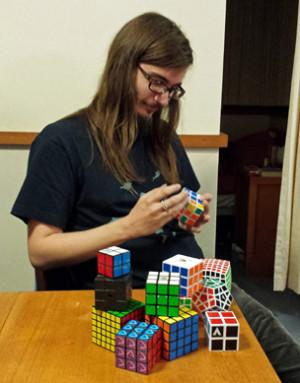 Разнообразные формы Кубик Рубика